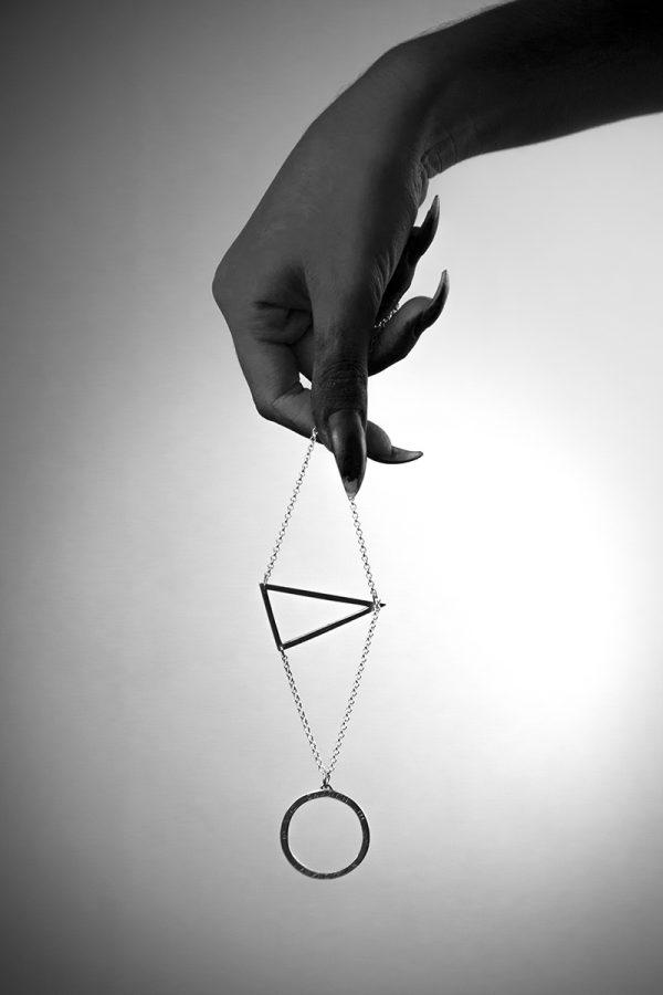 pendanthand